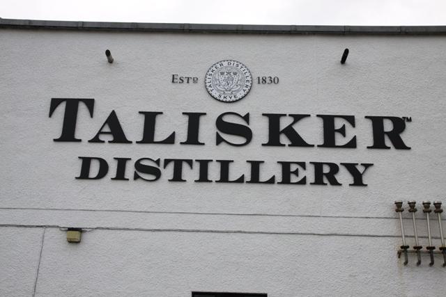 Talisker l'insegna della distilleria