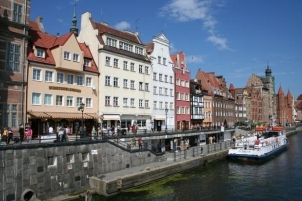 Lungo fiume di Gdansk