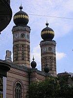 Facciata  della Sinagoga grande a Budapest
